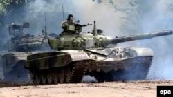 Jedna od vojnih vežbi u Nikincima