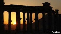 Пальмира және ИМ тобы