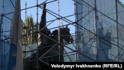 Монумент Николаю Щорсу в Киеве, 6 октября 2018 года