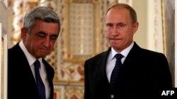 Армения президенті Серж Саргсян (сол жақта) мен Ресей президенті Владимир Путин. 3 қыркүйек 2013 жыл.
