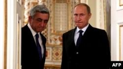 Президент Армении Серж Саргсян (слева) и президент России Владимир Путин. Ново-Огарево, 3 сентября 2013 года.