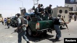 Pamje gjatë një aksioni të pjesëtarëve të forcave të sigurisë afgane