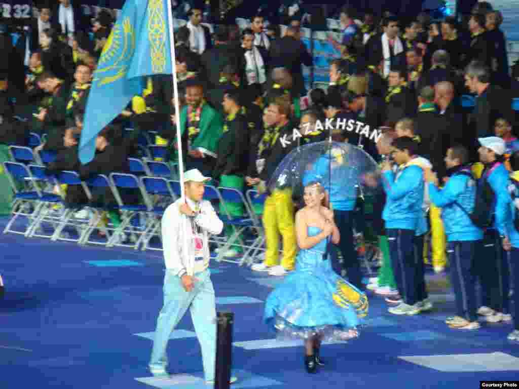 На Паралимпийских играх в Лондоне приняли участие семь спортсменов из Казахстана. На снимке церемония открытия Паралимпийских игр.