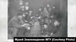 """Золотоискатели, граждане """"Желтугинской республики"""". Конец XIX века"""