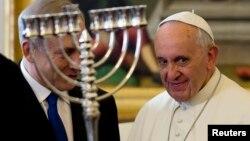 Papa Françesku dhe kryeministri Netanyahu