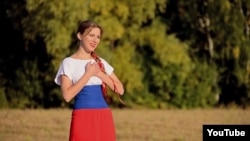 Dressed in the colors of the Russian flag, Mashani's musical ode to President Vladimir Putin has already garnered tens of thousands of views on YouTube.