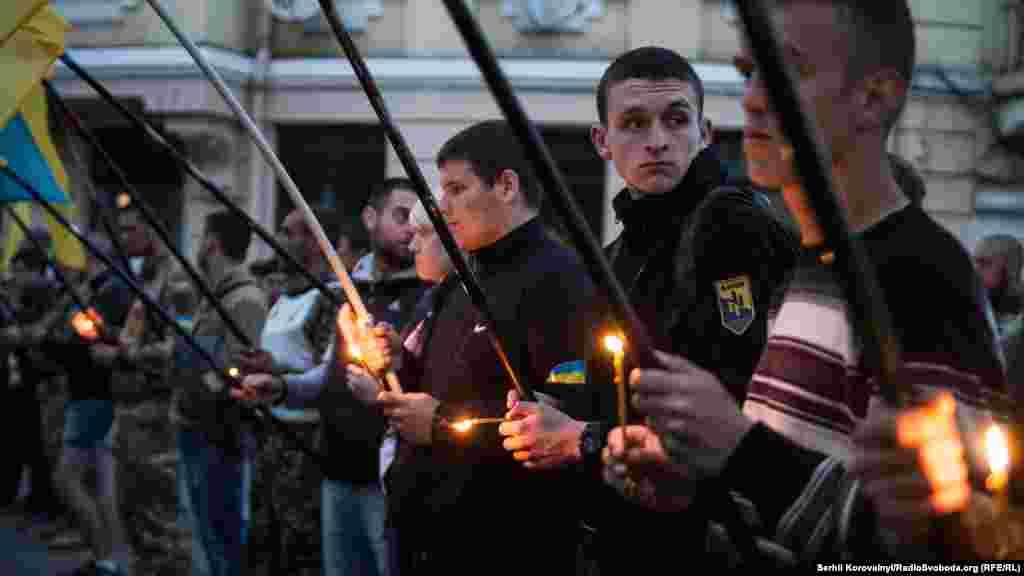 Незважаючи на дрібні інциденти на мітингу біля Куликового поля, другі роковини трагедії в Одесі пройшли спокійно. Напередодні висловлювали чимало побоювань щодо провокацій та можливих терактів. Цього не сталося. Однак питання розслідування подій 2 травня 2014 року та покарання винних у загибелі 48 одеситів ще залишається відкритим