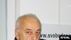 Резо Габриадзе