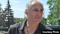 Ахрик Цвейба – очень популярная в Абхазии личность, он и сейчас пользуется большой популярностью, являясь вице-президентом Федерации футбола