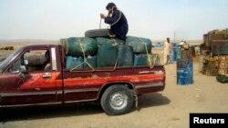 ايران به خاطر قاچاق سوخت در مرزهای شرقی خود و مصرف چشمگير داخلی،از واردکنندگان عمده بنزين است.