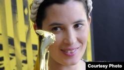 Милагрос Мументалер получает награду кинофестиваля в Локарно