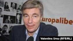 Еуджен Карпов