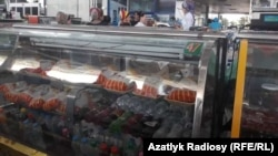 Turkmenistan. 'Fake' chicken meats appear in markets of Türkmenistan, Ashgabat, Dashoguz.