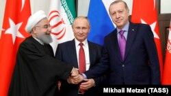 Eýranyň prezidenti Hassan Rohani, Russiýanyň prezidenti Wladimir Putin we Türkiýäniň prezidenti Rejep Taýýyp Erdogan. 2017-nji ýyl