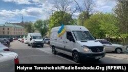 Протягом двох днів близько 60 представників малого і середнього бізнесу Львова підписалися під зверненням до уряду з вимогою переглянути карантинні умови і дозволити працювати ринкам і невеликим крамницям