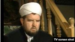 Moskvada Yordam masjidi imomi Mahmud Velitov hibs etildi