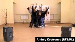Студенты Казанского торгово-экономического техникума подготовили танец для Всероссийской недели тестирования на ВИЧ