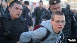 Задержание участников акции на Болотной площади 6 мая 2015 года