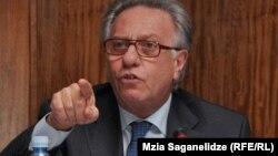 Президент Венецианской комиссии Совета Европы Джанни Букикио,