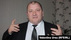 Primarul Valeriu Guțu