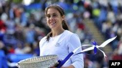 ماریون بارتولی، قهرمان بخش زنان رقابتهای تنیس ایستبورن لندن