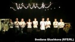 Актеры театра «АРТиШОК». Астана, 5 мая 2016 года.