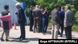 Представители грузинской рабочей группы еще до начала встречи рассказали о том, какие вопросы они намерены обсудить – это участившиеся случаи похищений граждан Грузии на территории, прилегающей к административной границе