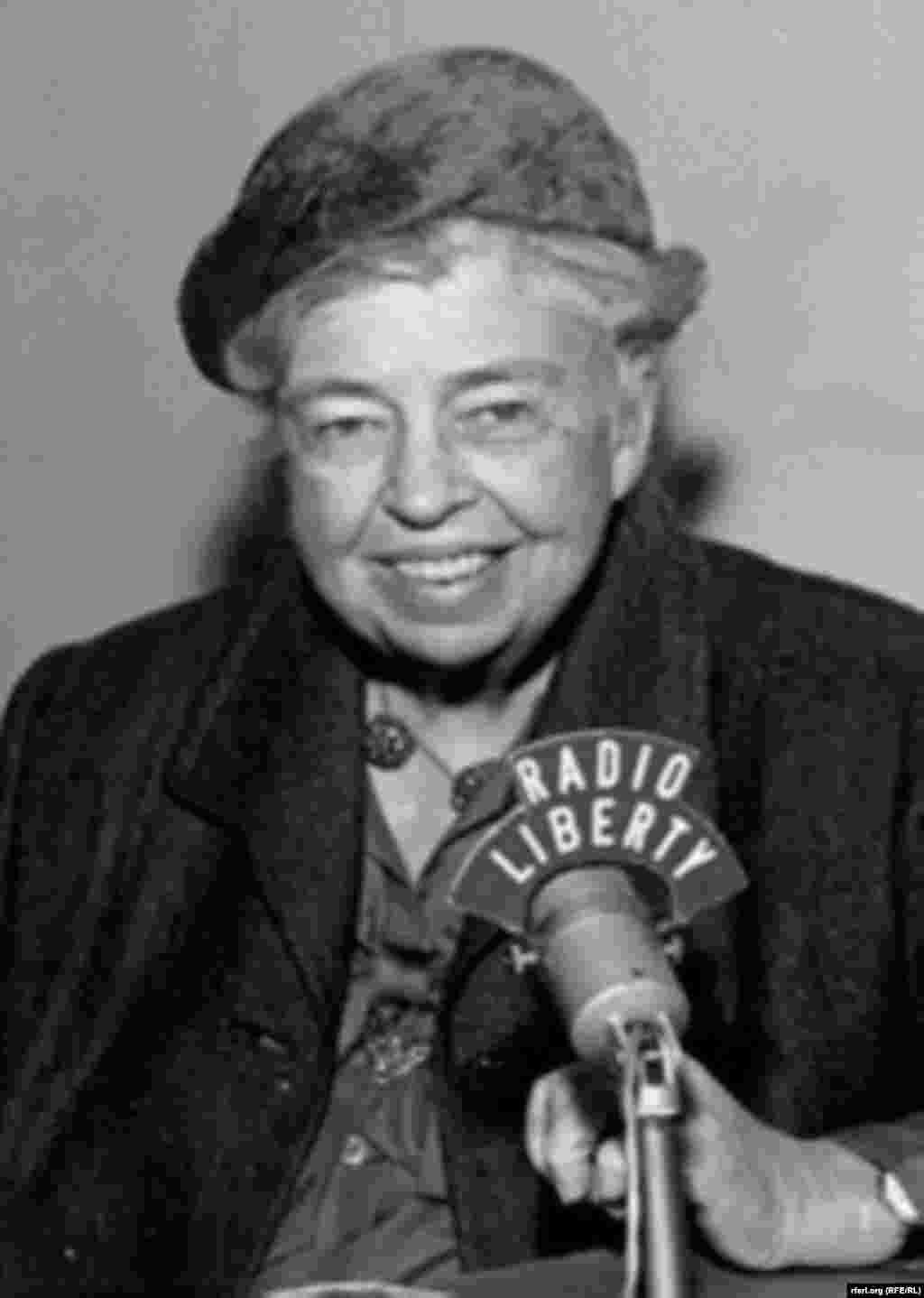 Former U.S. first lady and human rights champion Eleanor Roosevelt sits down for an interview with Radio Liberty in the late 1950s.