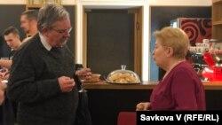 Богдан Зілинський, рецензент книги «Україна поза Україною» та Оксана Пеленська