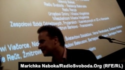 """Франак Вячорка пасьля прагляду """"Жыве Беларусь!"""" у Кіеве, 23 кастрычніка 2013"""