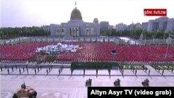 Военный парад в честь Дня Независимости в Ашхабаде. 27 сентября 2019 г.