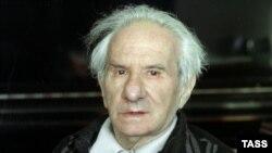 На будущий год — год 90-летия Александра Володина (1919-2001) — фестиваль намечен на февраль