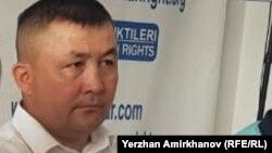 Активист Бекзат Максутханулы.