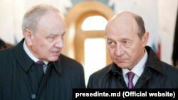 Nicolae Timofti şi Traian Băsescu la Soroca