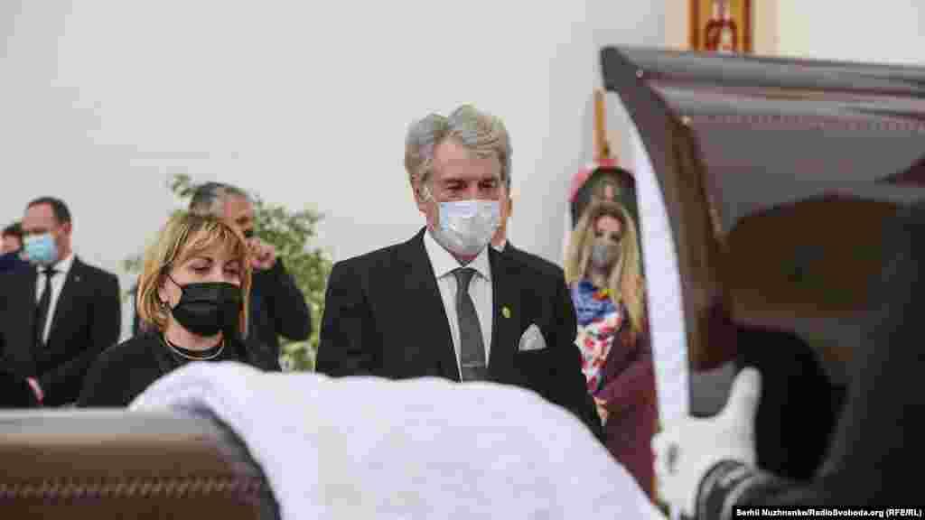 Третій президент УкраїниВіктор Ющенко з дружиною