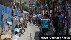نمای عمومی از بازار بزرگ تهران