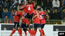 Սլովակիա - Հայաստանի ֆուտբոլի ազգային հավաքականը «Եվրո - 2012»-ի ընտրական փուլի հանդիպմանը հերթական գոլն է խփել Սլովակիայի թիմին, Ժիլինա, 6-ը սեպտեմբերի, 2011թ.