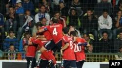 Սլովակիա - Հայաստանցի ֆուտբոլիստները տոնում են իրենց հերթական գոլը, Ժիլինա, 6-ը սեպտեմբերի, 2011թ.