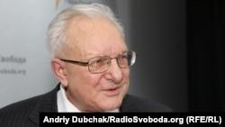 Володимир Василенко, правник-міжнародник