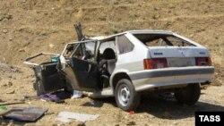 Автомобиль охраны министра внутренних дел Дагестана после покушения