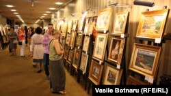 Expoziţie de artă română şi basarabeană