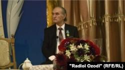 Нур Табаров, акс аз бойгонии Радиои Озодӣ