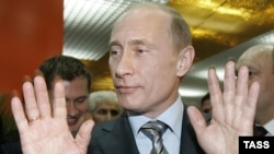 В интервью Владимир Путин произнес фразу о невмешательстве во внутренние дела Грузии, но, кто знает Путина, для них эти его слова звучат зловеще.