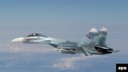 Су-27 жойғыш ұшағы (Көрнекі сурет).
