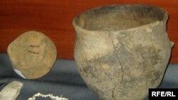 Рівненські знахідки: посуд 4 тисячоліття до нашої ери