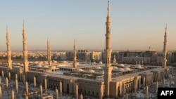 نمایی عمومی از مسجد النبی در شهر مدینه عربستان