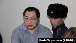 Ермек Нарымбаев, азаматтық белсенді