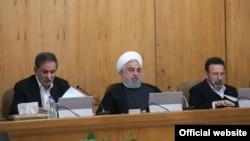 Президент Ирана Хассан Роухани (в центре).