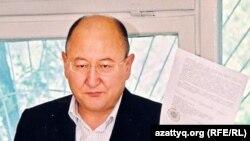 Саясаткер Алтынбек Сәрсенбаев. Алматы, 2005 жыл.