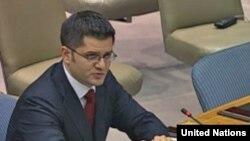 Ministar spoljnih poslova Srbije Vuk Jeremić tokom obraćanja na sednici Saveta bezbednosti UN-a 3. augusta 2010. godine